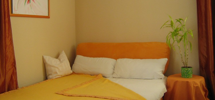 Zwei-Zimmer-Apartment mit Küche und Bad, nur 10min von Messegelände