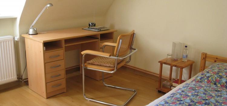 Einzel-/Doppelzimmer in Einfamilienhaus, nur 12min bis zur Messe